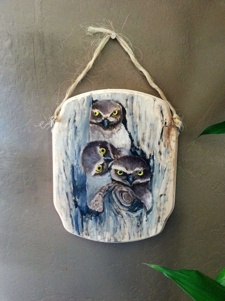 Three Owls(French corner wood plaque)