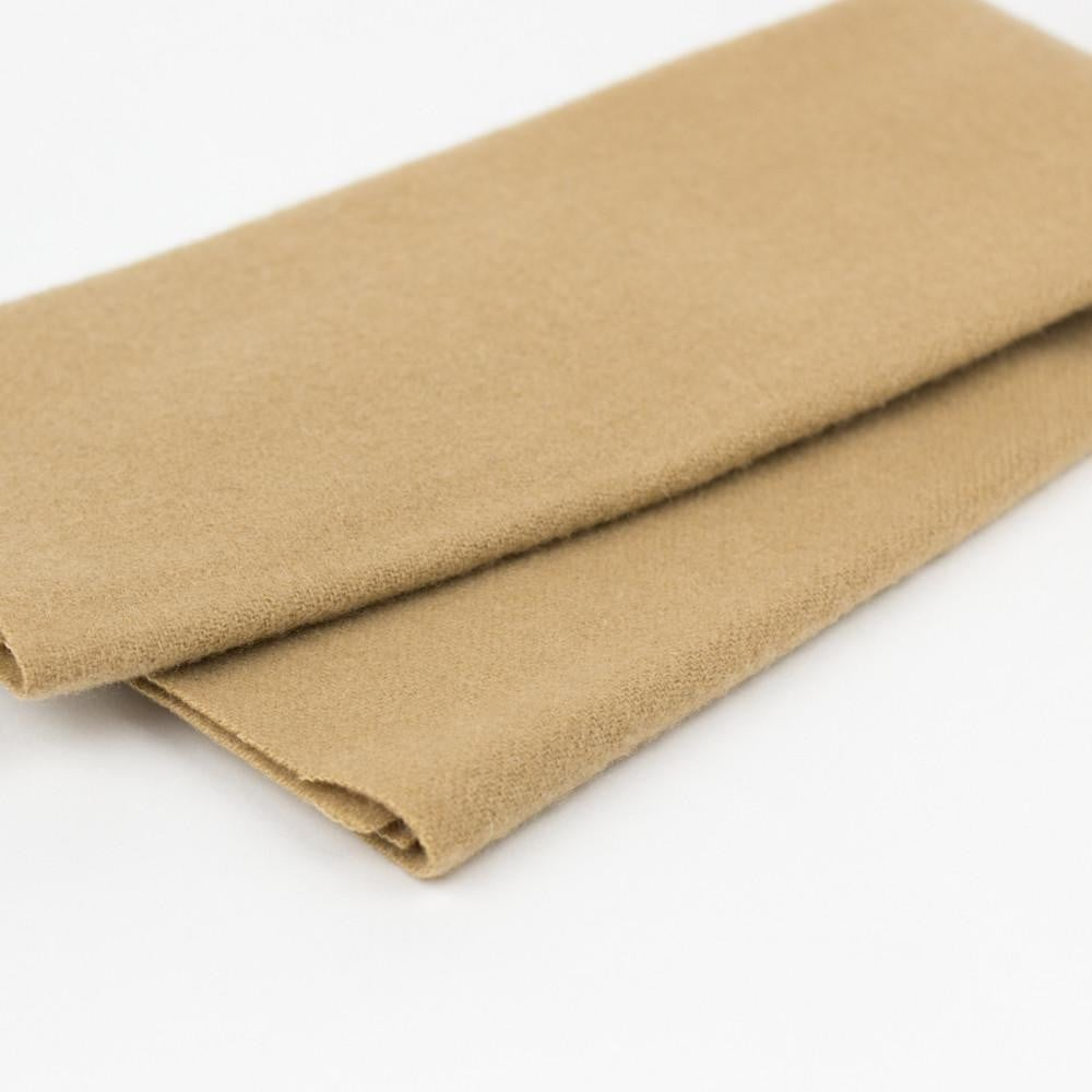 LN02 -Latte Merino Wool Fabric - wonderfil-online-eu