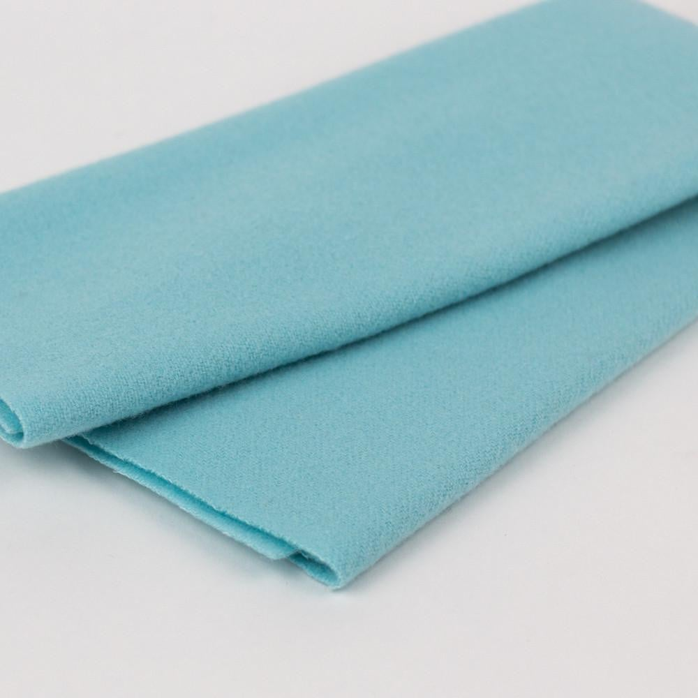 LN20 - Cloud Merino Wool Fabric - wonderfil-online-eu