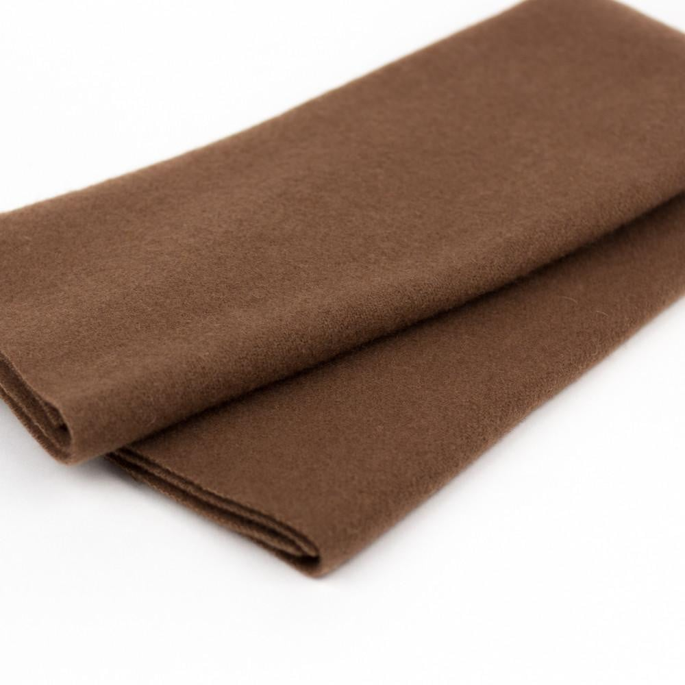 LN28 - Rust Merino Wool Fabric - wonderfil-online-eu