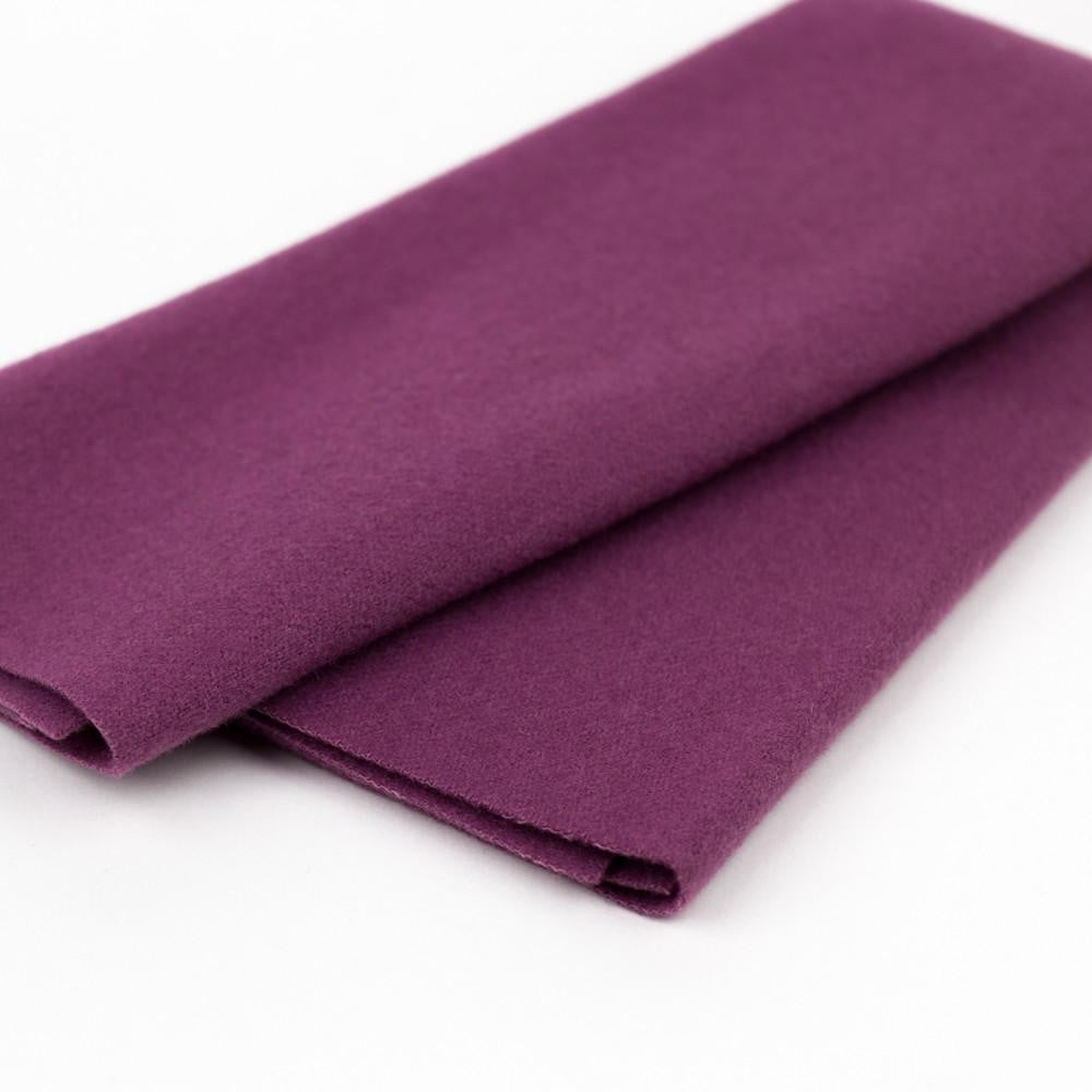 LN37 - Very Berry Merino Wool Fabric - wonderfil-online-eu