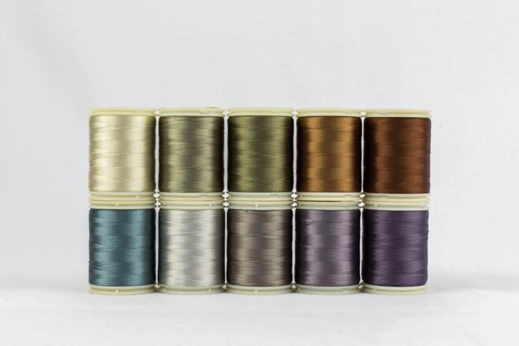 Splendor 40wt Rayon Thread - Theme Packs - wonderfil-online-eu