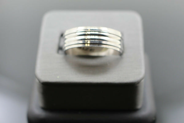 18k Solid Gold Elegant Ladies Modern Shiny Disc Finish Band Ring R9421m