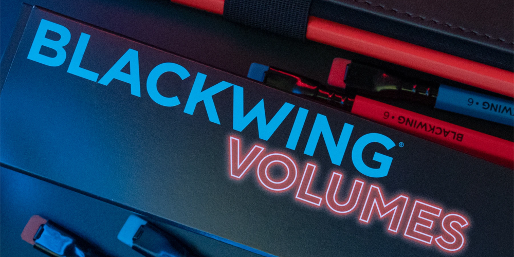 Blackwing Volumes 6 Red and Blue with Box
