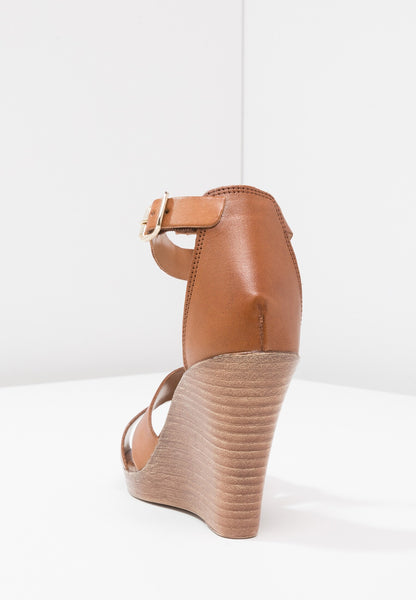 MINT AND BERRY -Leather COGNAC WEDGES SANDALS