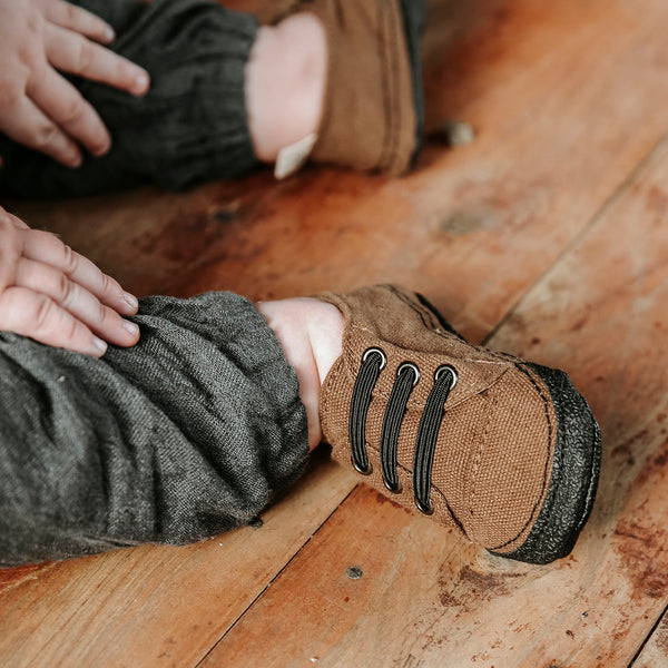 Bear Soft Sole Sneakers - Gertrude and the King