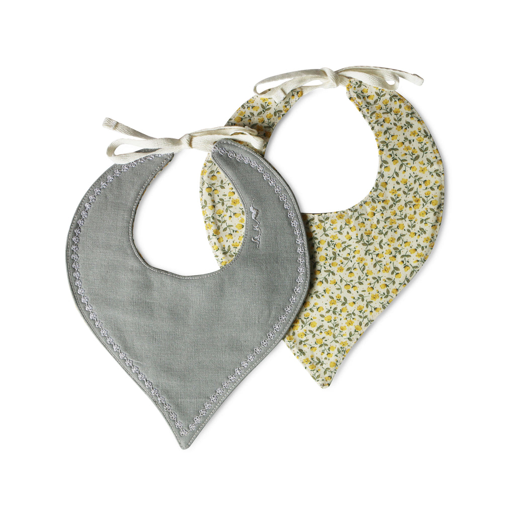 Daisy Teardrop Luxe Bib - Gertrude and the King