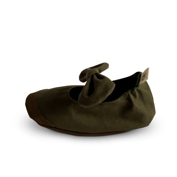 Khaki Soft Sole Mary Janes - Sizes 8 and 9 - Gertrude and the King
