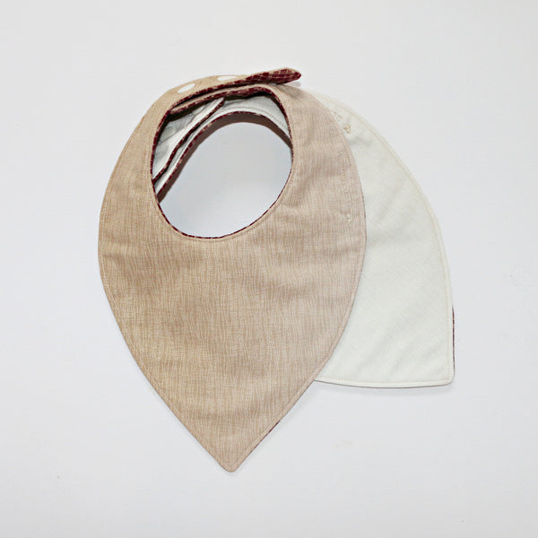 Vann Reversible Bandana Bib - Gertrude and the King