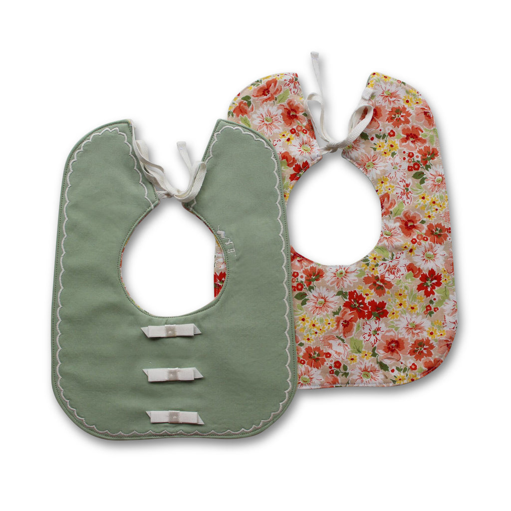 Peaches Pretty Square Bib - Gertrude and the King