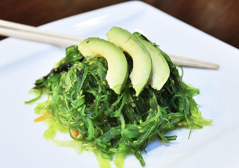 The Health Benefits of Eating Seaweed: Are Marine Munchies The Next Big Thing?
