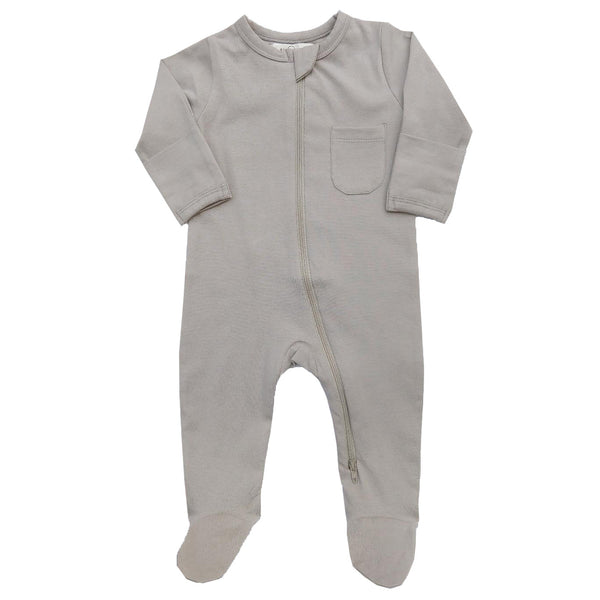 Organic Zipper footie by Lucy Lue Organics. Footed romper. Organic baby clothes. Modern organic baby clothes. L'oved baby romper jumpsuit. Baby romper. Zip romper. Zipper baby bodysuit. 2 way zipper romper. Footed sleepers.