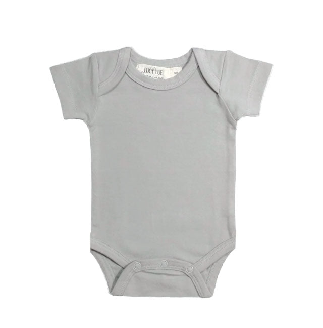Lucy Lue Organics baby bodysuits. Organic newborn clothes. Baby clothing in Ivory color. Gender neutral newborn clothes