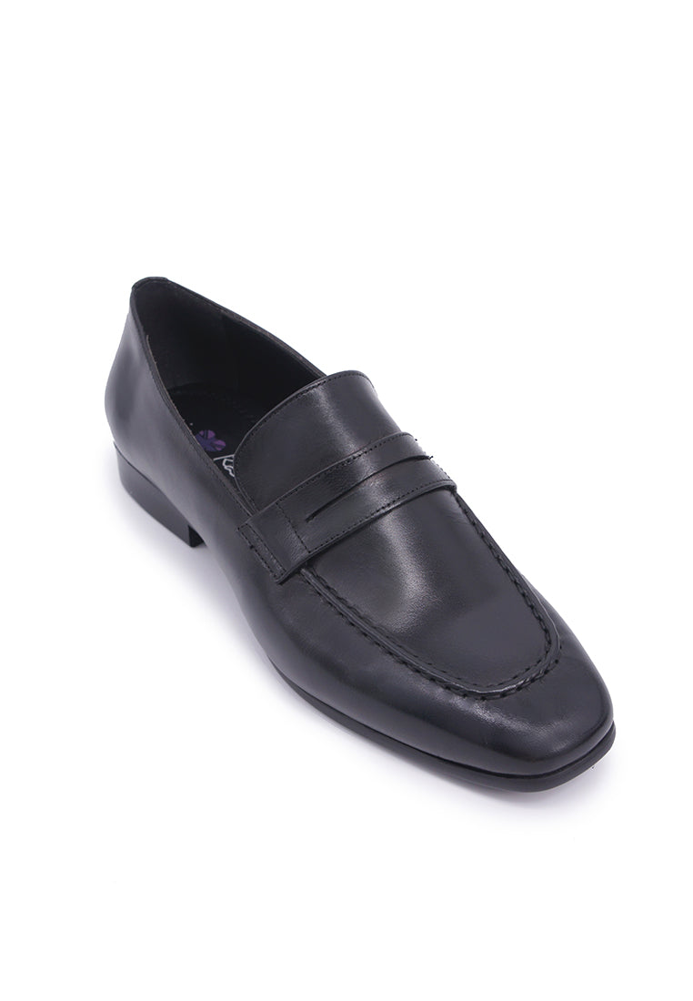 Classic Loafer Flats - Black