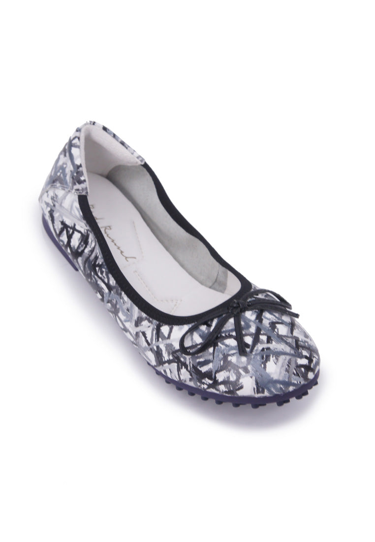 Abstract Patterned Flats - Black
