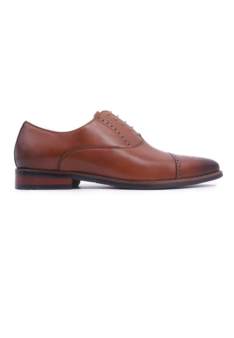 Simon Carter Lace-up Oxford - Tan