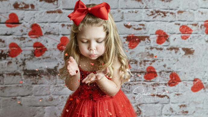 Prepare for Your 2021 Valentine's Day Photography: 5 Amazing Valentine's Day Photoshoot Ideas for Kids & Family!