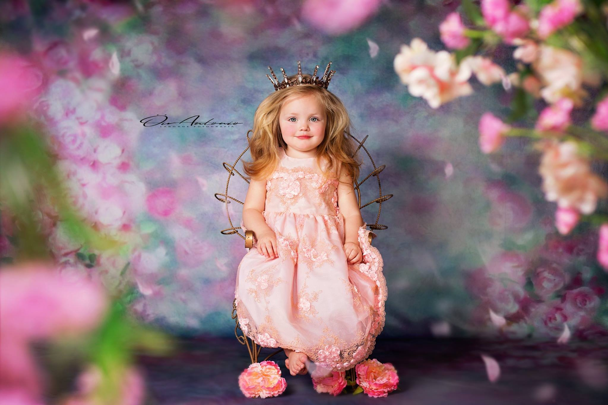 Load image into Gallery viewer, Kate Valentine's Day Pink Flowers Hand Painting Portrait Photography Backdrops US