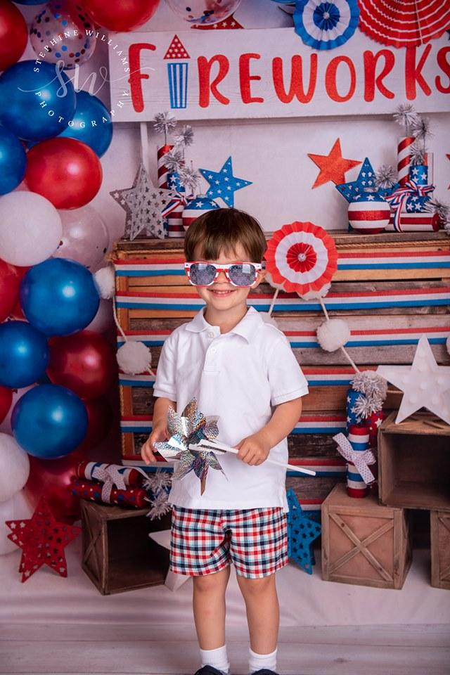 Load image into Gallery viewer, Katebackdrop:Kate 4th of July Fireworks Balloon Children Backdrop Designed by Lisa B
