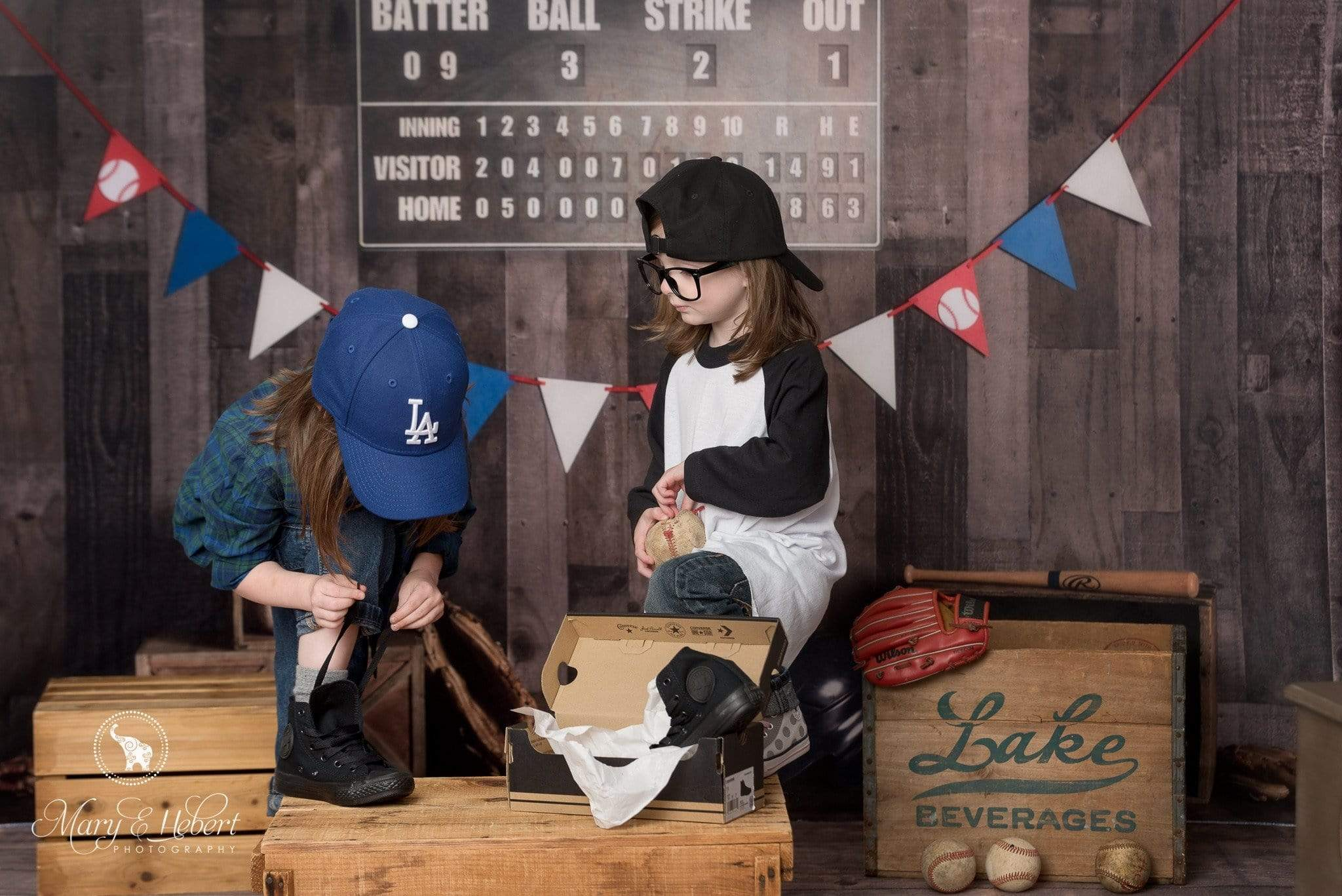 Load image into Gallery viewer, Katebackdrop£ºKate Vintage Baseball with Scoreboard Sport Backdrop for Photography Designed By Mandy Ringe Photography