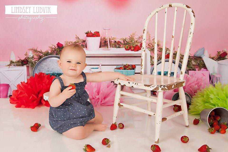 Katebackdrop£ºKate Strawberry Fields Children Backdrop for Photography Designed By Erin Larkins