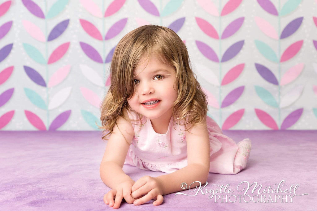 Kate Seamless Leaves Pattern for Girls Backdrop Designed By Krystle Mitchell Photography
