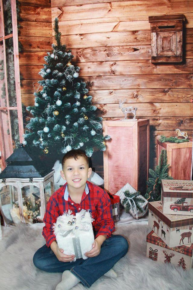 Katebackdrop£ºKate Wood Wall And Christmas Tree With Decorations for Photography