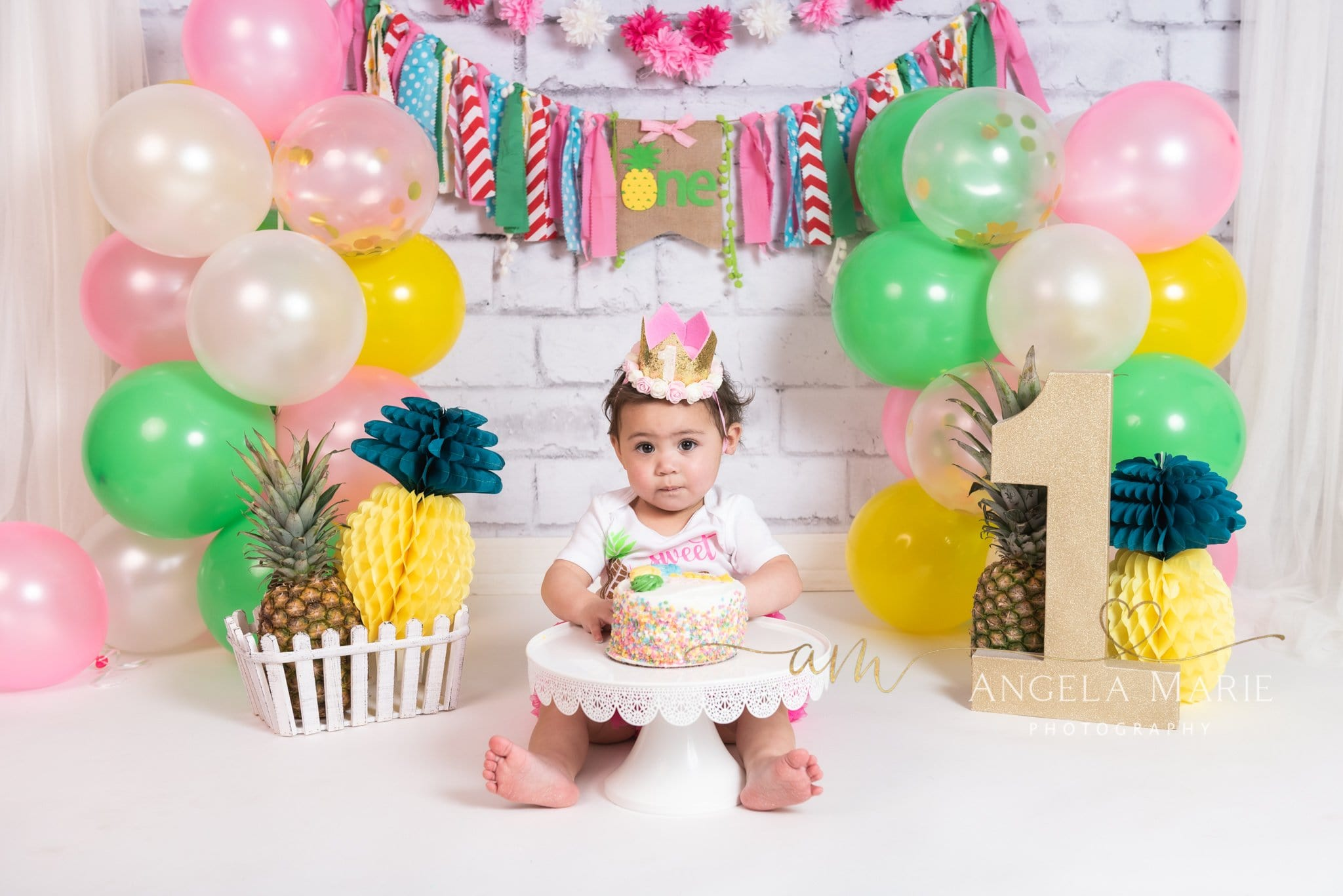 Load image into Gallery viewer, Kate Cake Smash Backdrop Pineapple First Birthday Designed By Angela Marie Photography