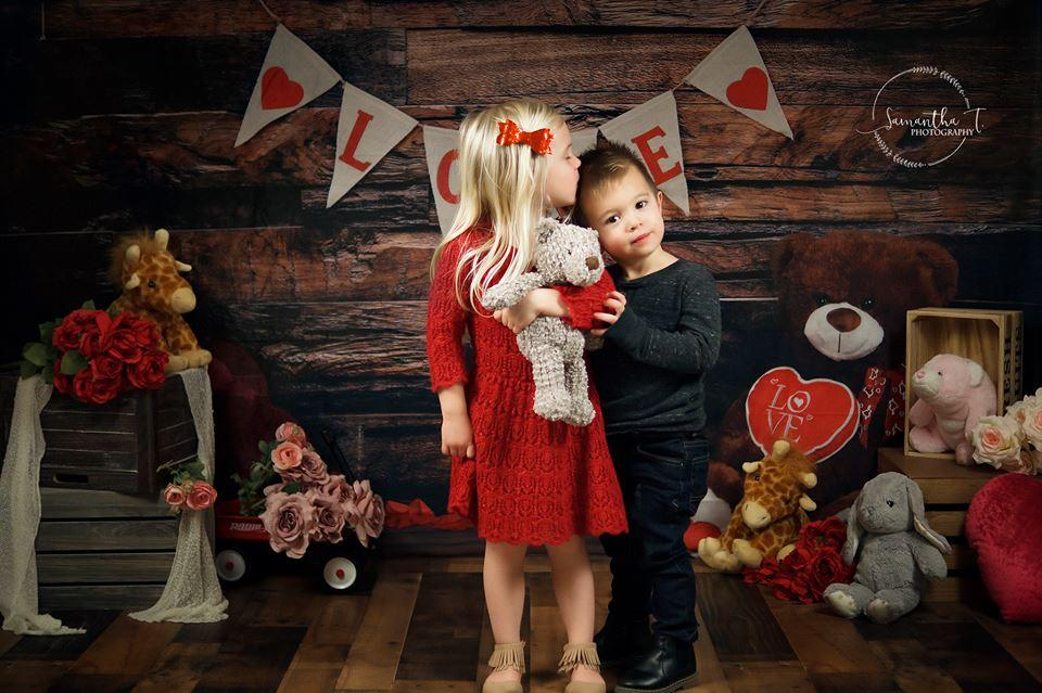 Load image into Gallery viewer, Katebackdrop£ºKate Be my Valentine Wooden Wall And Teddy Bear Love Banner Backdrop