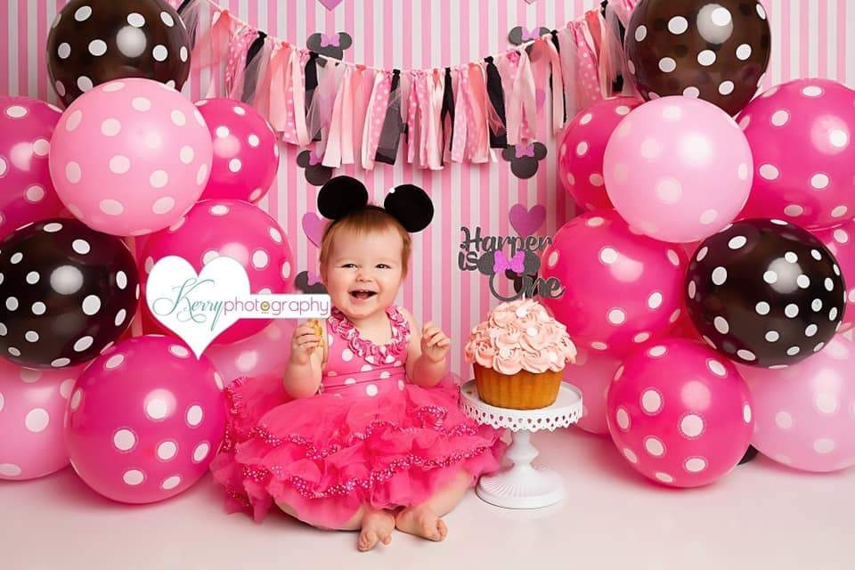 Kate Black Pink Balloons with Strips for Children Backdrop for Photography Designed by Kerry Anderson