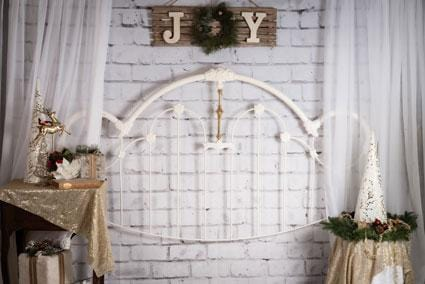 Load image into Gallery viewer, Kate Christmas White Headboard Backdrop Designed By Angela Marie Photography