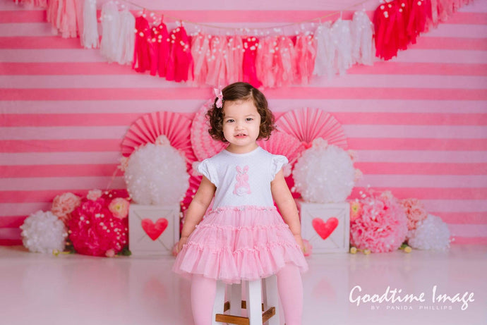 Katebackdrop£ºKate Valentine's Day with Hearts and Stripes Backdrop Designed By Mandy Ringe Photography