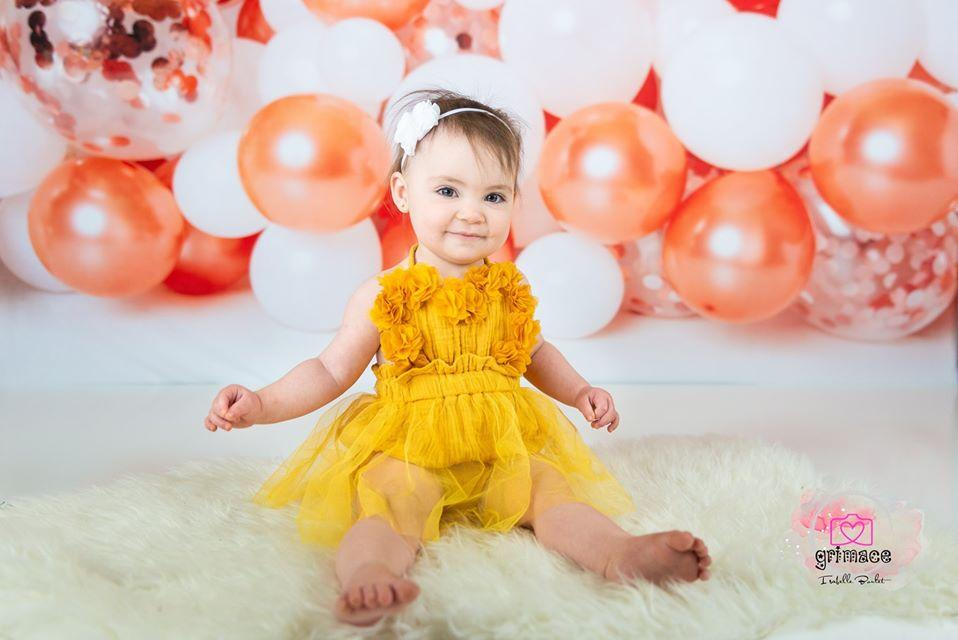Load image into Gallery viewer, Kate Birthday Rose Golden White Balloons Children Backdrop Designed by Kerry Anderson