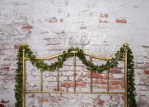 Load image into Gallery viewer, Katebackdrop:Kate Half Brass Bed with Ivy Headboard Brick Wall Backdrop Designed by Pine Park Collection