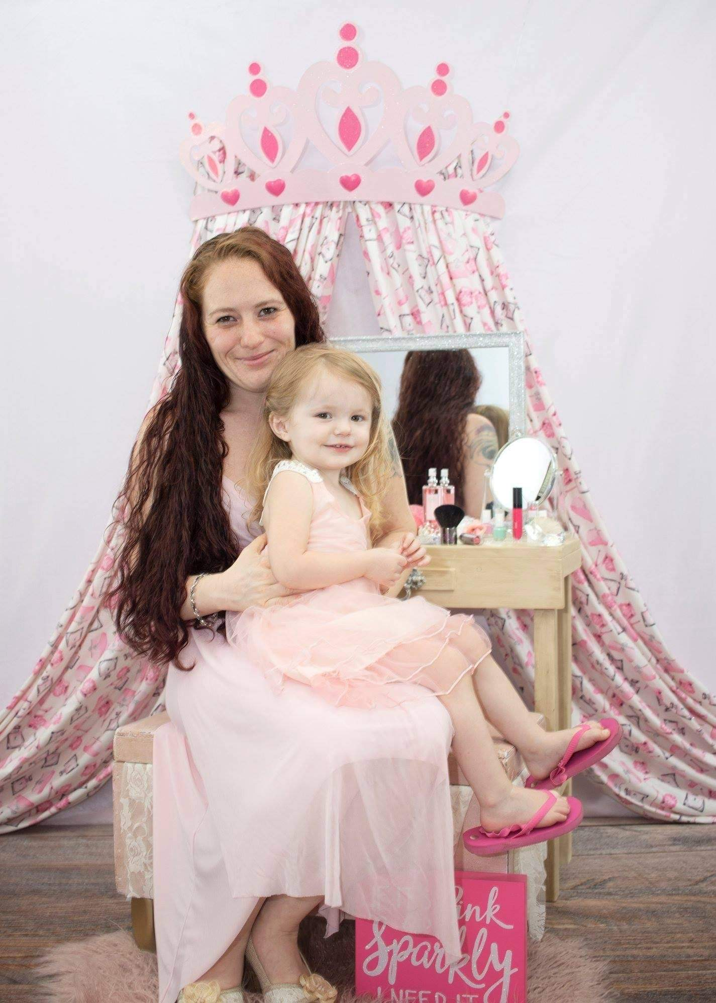 Load image into Gallery viewer, Katebackdrop£ºKate Princess Pink Rose for Children Backdrop Designed by Leann West