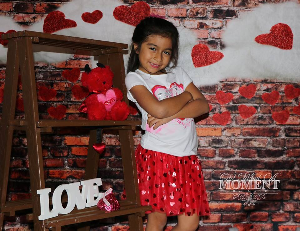 Load image into Gallery viewer, Katebackdrop:Kate Dark Brick with Red Hearts Valentine's Day Backdrop for Photography designed by Jerry_Sina