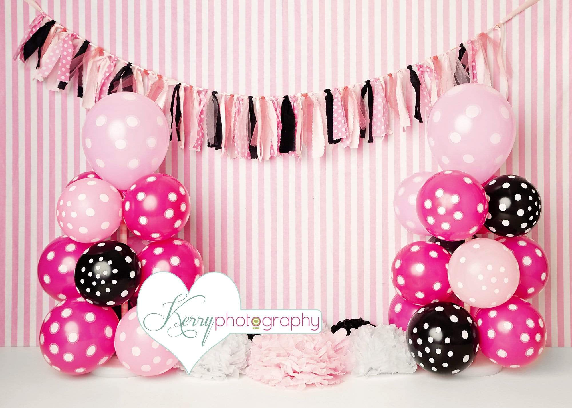 Load image into Gallery viewer, Katebackdrop£ºKate Black Pink Balloons with Strips for Children Backdrop for Photography Designed by Kerry Anderson