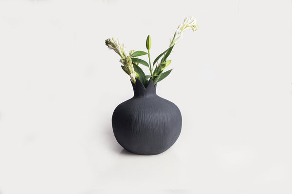 Pomegranate Vase - Charcoal