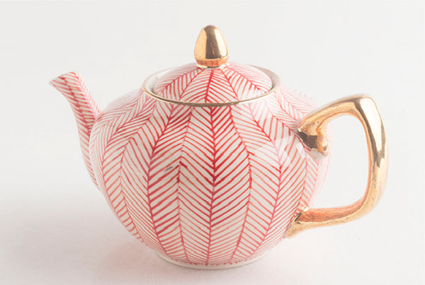 Chevron Family Teapot – Red