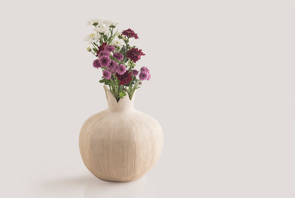 Pomegranate Vase – Textured Almond