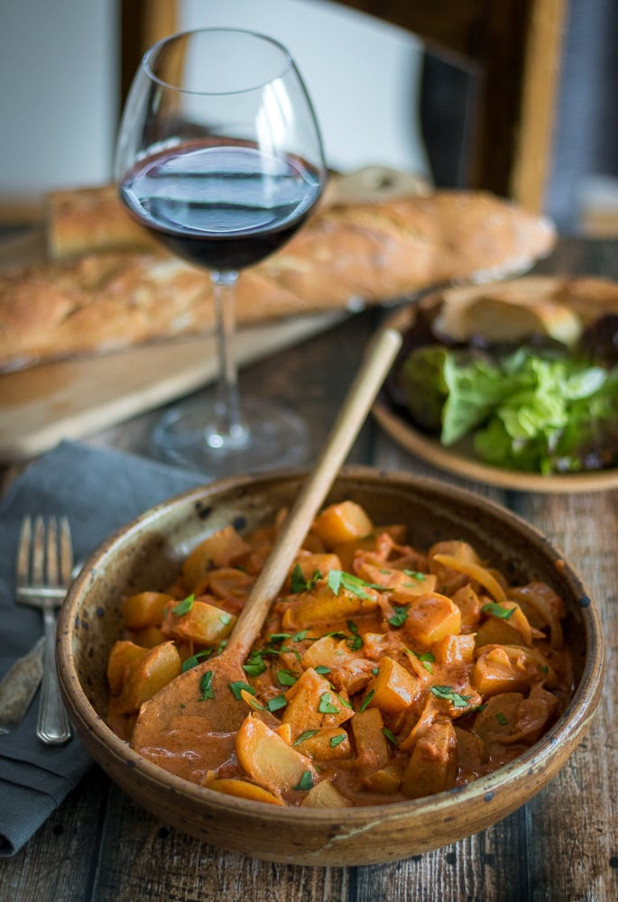 Vegetarian potato paprikash