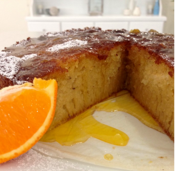 Tangelo and Almond Syrup Cake