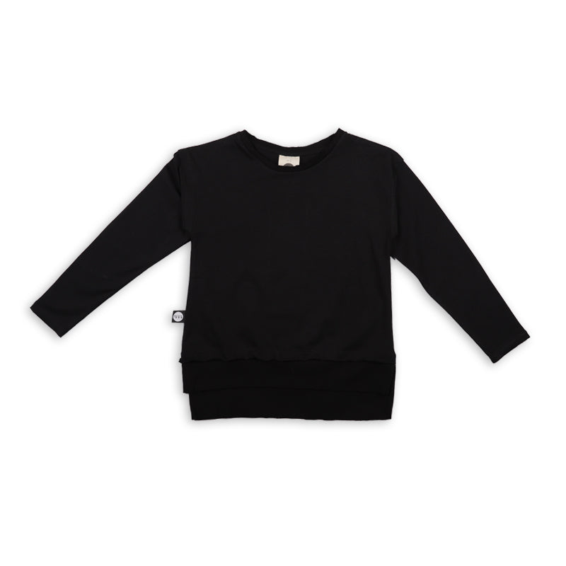 Teens black long T shirt with black cracks patch at the back