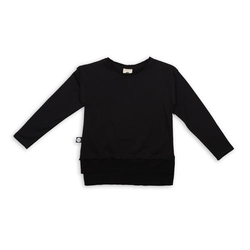 Black long T shirt with black cracks patch
