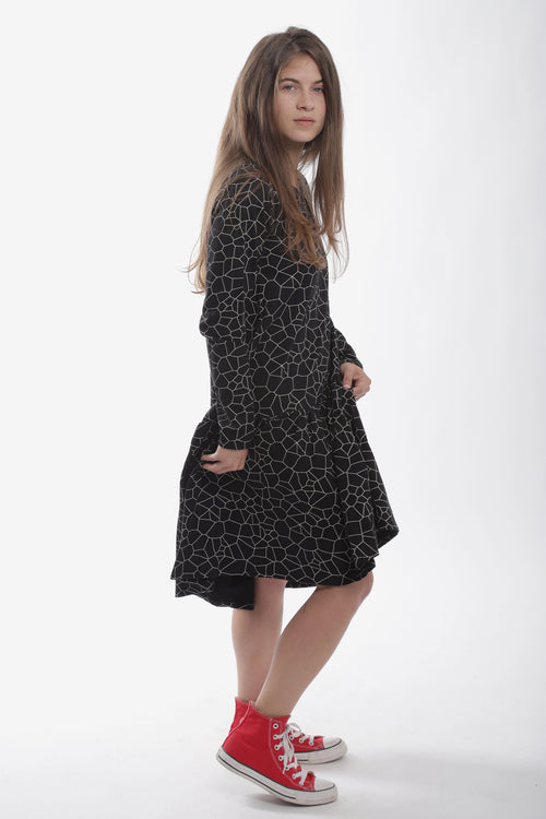 Women black drop waist dress with cracks print