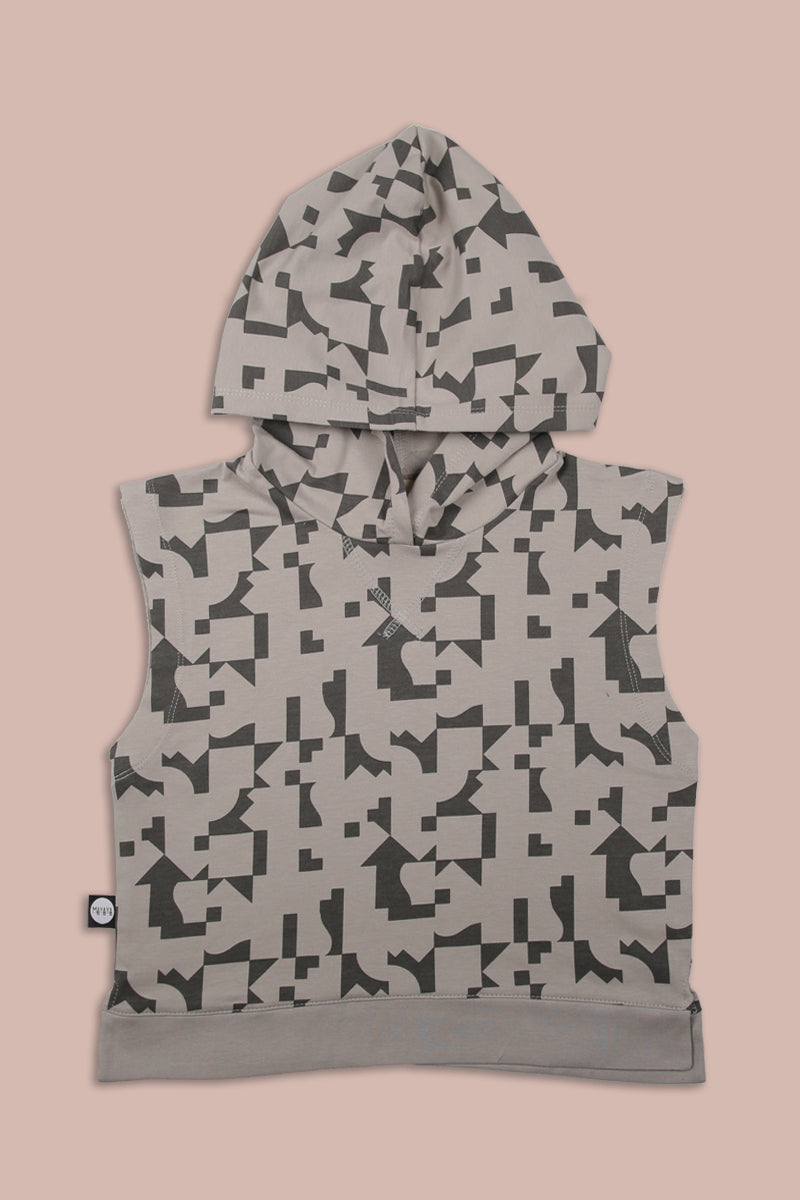 Teens grey sleeveless hoodie with puzzle print