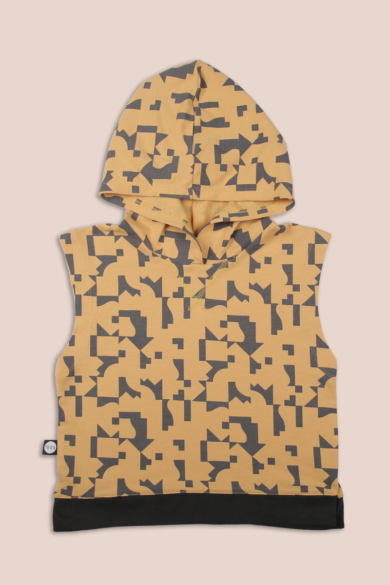 Teens mustard sleeveless hoodie with puzzle print