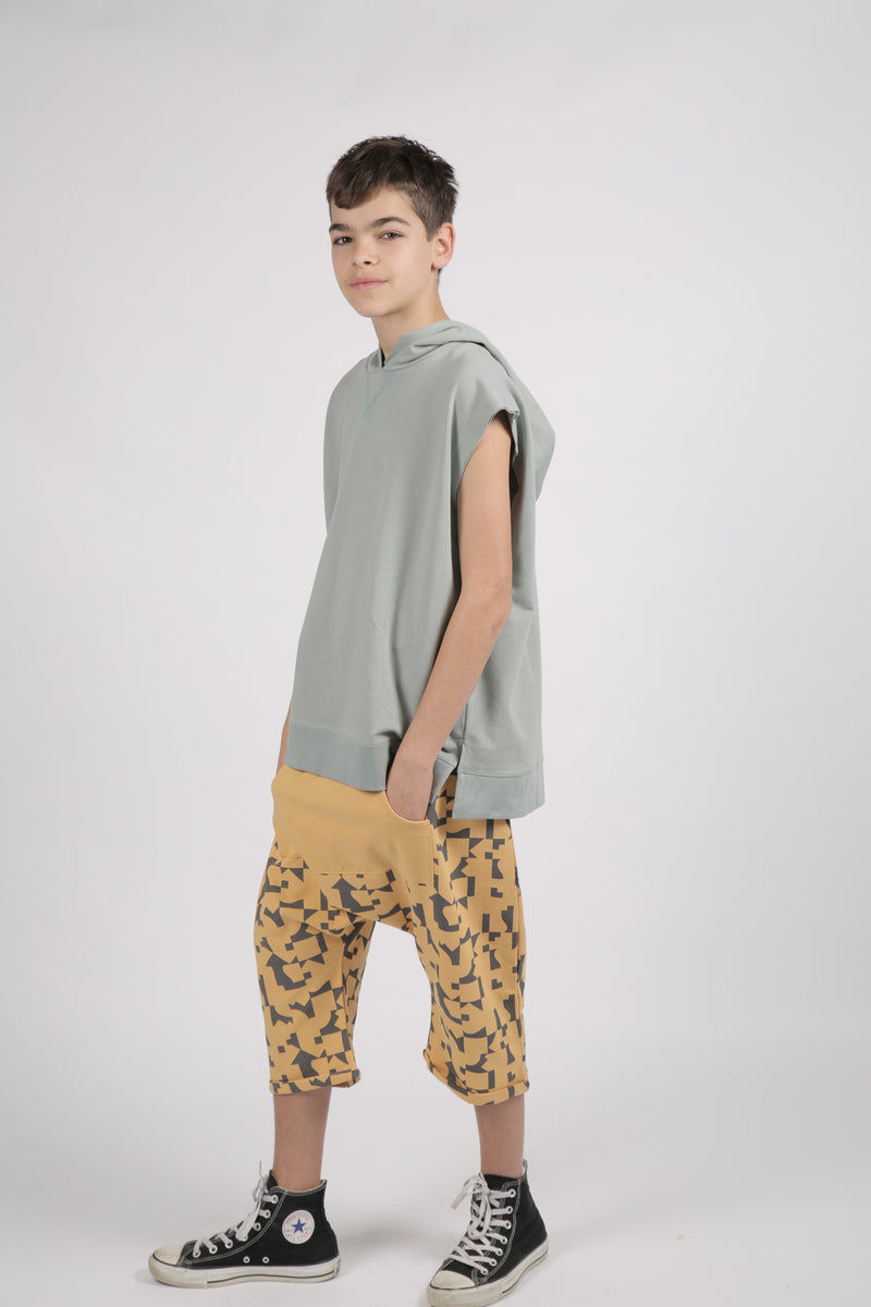 Teens mustard 3\4 baggy pants with puzzle print