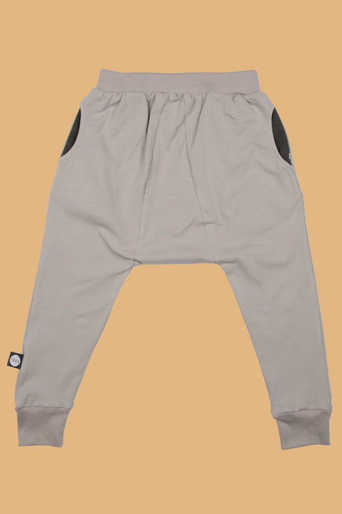 Baby grey triangle harem pants with patch