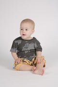 Baby dusty T shirt turkiz with perspective print on the back